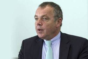 Christoph Mueller bids farewell to MAB in September