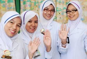 Image result for jururawat masyarakat