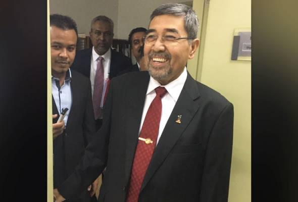 Ahmad Bashah pengerusi mesyuarat exco di Hospital Pulau Pinang