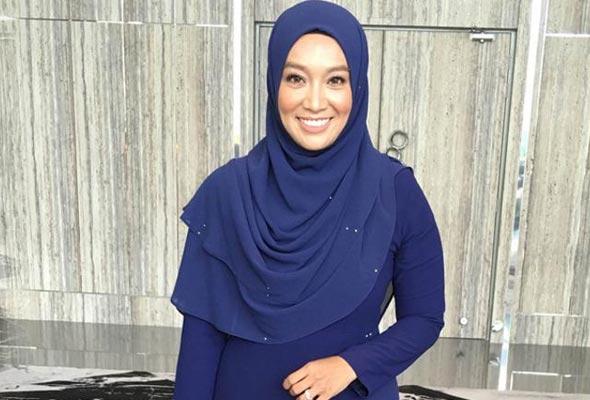 'Keperibadian Hafiz buat saya terbuka hati untuk menerima kehadiran lelaki' - Farah Fauzana | Astro Awani