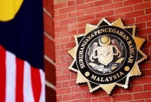 Rasuah pusat judi dan rumah urut, tiga anggota polis ditahan SPRM