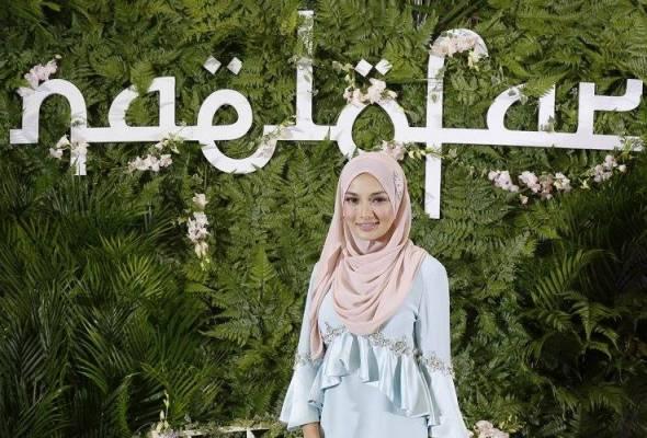 Neelofa tersenarai dalam Forbes 30 melalui Naelofar Hijab