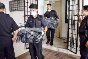Mayat tiga beranak ditemui reput, dipercayai dibunuh