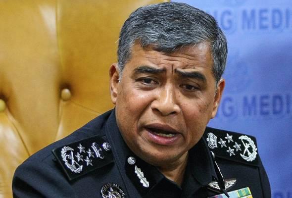 Ketua Polis Negara Tan Sri Khalid Abu Bakar hari ini menafikan kebenaran berita kecurian 30 baju uniform anggota polis di sebuah kedai dobi di Subang Jaya. -Gambar fail | Astro Awani