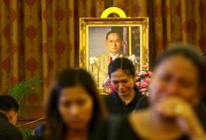 Upacara pembakaran jasad Raja Bhumibol ditetapkan 26 Oktober