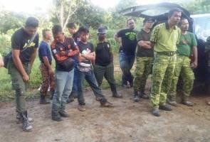 Dua pelajar UiTM sesat di Gunung Tumang Batak dijumpai selamat