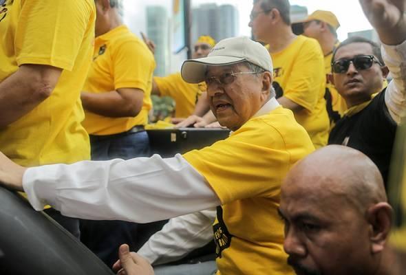 Bersih 5: Gerakan Merah gesa Dr Mahathir disiasat kerana menghasut