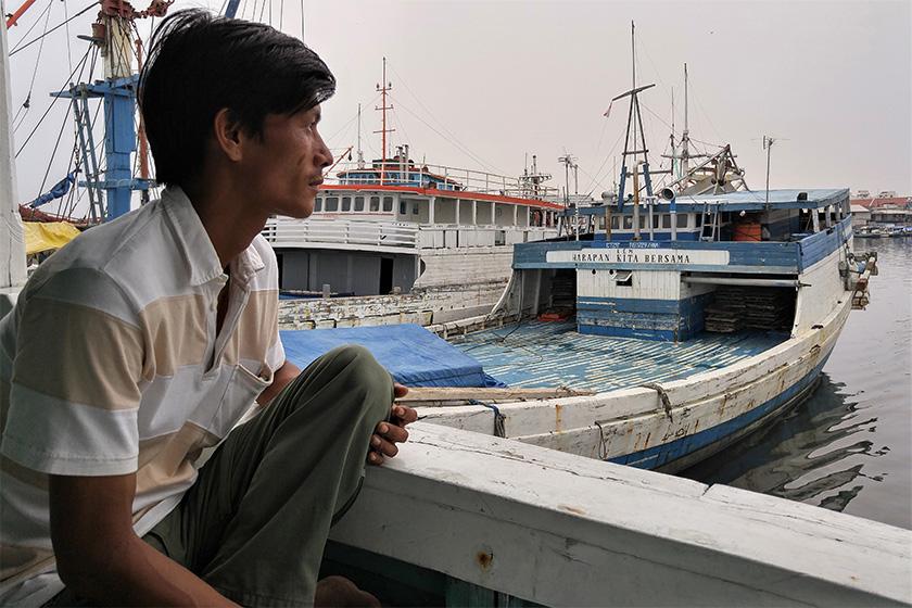 Hlaing Min adalah korban perdagangan dan kerja paksa, dia bekerja di dalam kapal ikan di Laut Arafura. Menghabiskan waktu lima tahun ketika terdampar di Kepulauan Aru bahagian timur Indonesia. - Gambar Karim Raslan