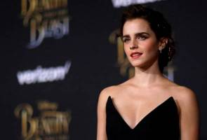 Box Office: 'Beauty and the Beast' smashes records with towering $170 million debut