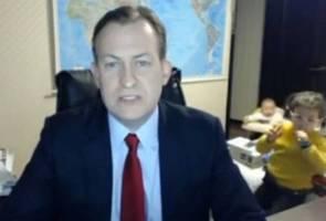 Tak sampai 24 jam, temubual 'profesor dengan BBC diganggu anak' terima lebih 40 juta tontonan