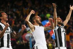 Steely Juventus shut down Barca to kill off comeback hopes