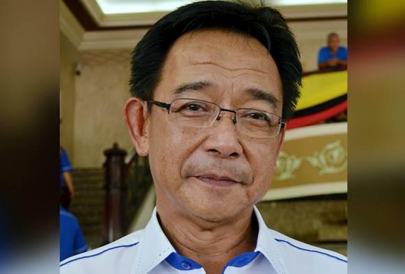 Abdul Karim (gambar) sebelum ini dilaporkan meminta kerajaan persekutuan menangguhkan penguatkuasaan cukai tersebut di Sabah dan Sarawak kerana khuatir cukai baharu itu akan membawa impak negatif kepada industri pelancongan. - Gambar fail | Astro Awani