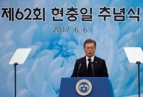 South Korea's Moon urges North Korea to return detainees swiftly