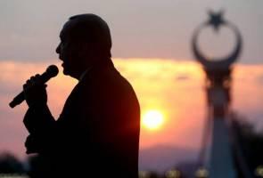 Defiant Erdogan attacks EU, promises to bring back death penalty