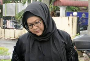 Erma Fatima, Bade divorced after 26 years of marriage