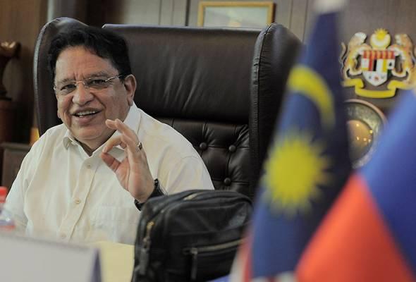 Tengku Adnan berkata projek pembangunan sedia ada termasuk rizab negeri itu kini menjadi milik pembangkang. -Gambar fail   Astro Awani