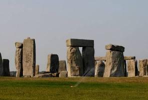 Status Tapak Warisan Dunia UNESCO Stonehenge bakal ditarik balik