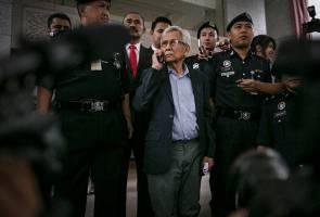 RCI Forex: Gabenor tidak maklum untung, rugi - Tun Daim