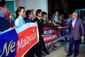 PM Najib, wife meet Malaysians in Washington