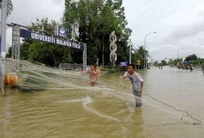Banjir di utara Semenanjung semakin buruk
