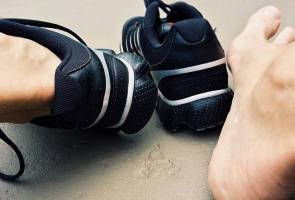 Check feet daily for signs of diabetes complications