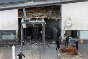 Explosion damages Swedish police station