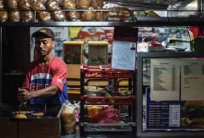51511145374 FoodStall - Petunjuk awal persekitaran perniagaan kurang memberangsangkan