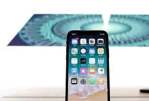 Apple mohon maaf prestasi iPhone perlahan