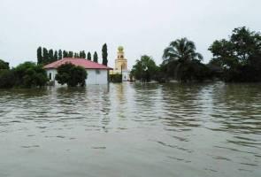 Demi RM500, sanggup menyamar jadi mangsa banjir