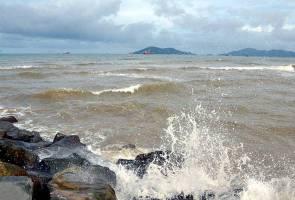 Amaran angin kencang, laut bergelora di enam negeri sehingga Jumaat