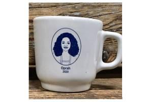 Cenderamata cawan sokong Oprah Winfrey tanding presiden habis dijual