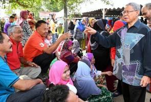 Dakwaan wujud kerjasama UMNO, Amanah hanya spekulasi - Mustapa