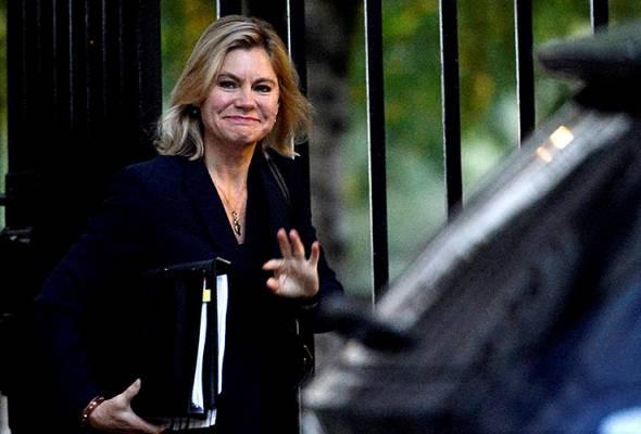 Kecewa ditukar jabatan oleh May, Justine Greening letak jawatan