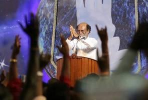 Peminat gembira Rajinikanth umum masuk politik