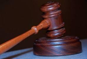 Mahkamah rayuan berikan hak penjagaan kanak-kanak kepada bapa penganut Buddha