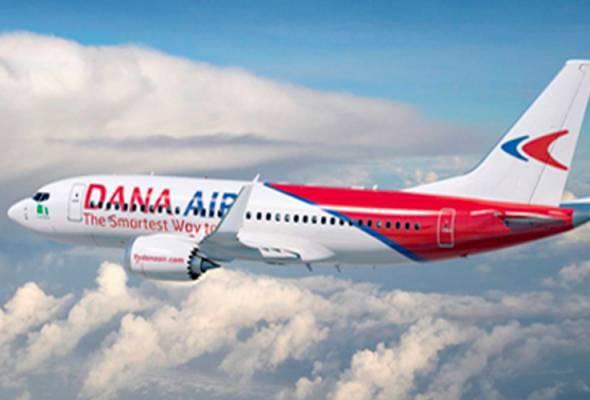 Pintu kapal terbang tertanggal ketika mendarat, penumpang panik
