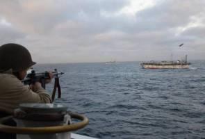 Dikepung bot nelayan China, pengawal pantai Argentina lepaskan tembakan