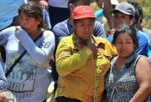 Bas jatuh gaung di Peru, 44 nyawa melayang