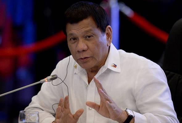 Duterte berkata kerajaan tidak dapat terus membiayai kos makanan dan bantuan kewangan kepada mereka yang terjejas. - Reuters | Astro Awani