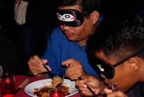 'Dining In The Dark' beri pengalaman jadi OKU penglihatan