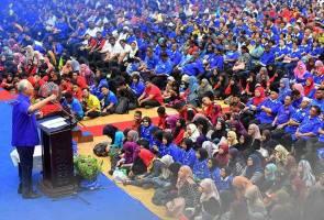 Jentera BN perlu gembleng tenaga capai kemenangan besar pada PRU14 - PM Najib