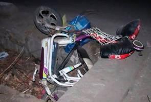 Image result for Pemandu Meraung Langgar Lari Isteri, Anak Sendiri