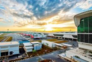 Turun taraf CAAM: Malaysia akan tuntut penjelasan FAA - Dr Mahathir