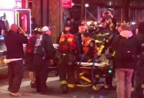 Lima maut, juruterbang terselamat nahas helikopter di New York