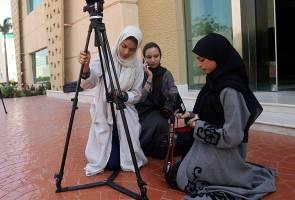 """Tabu kuliah perfileman Arab Saudi: """"Lelaki ajar wanita buat video? Mana boleh?"""""""