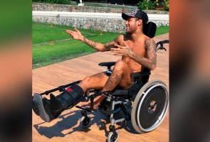 Neymar dikutuk peminat, 'persendakan' Stephen Hawking