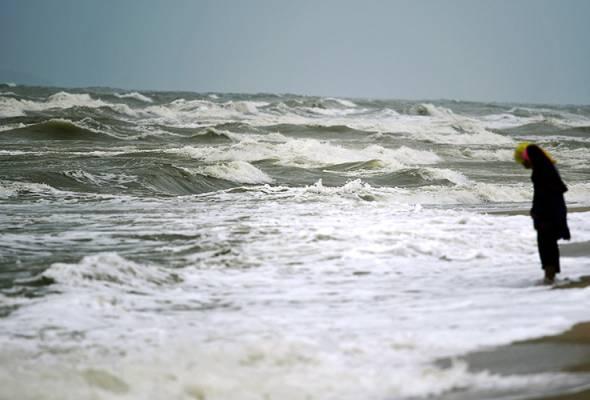 Amaran cuaca peringkat waspada di negeri Pantai Timur