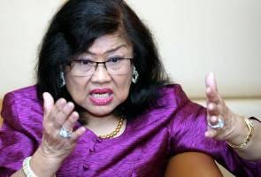 Rafidah Aziz letak jawatan Pengerusi Supermax