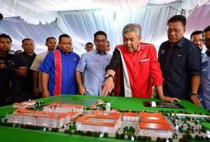 TPM Zahid sempurna majlis pecah tanah MRSM Bagan Datuk