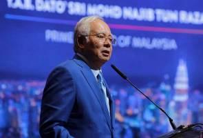 'Pemimpin dapat undi, rakyat pula dapat baldi' - PM
